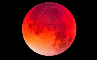 Transform Through the Super Blood Moon Eclipse